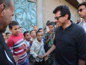 وزير الشباب يتفقد مركزى شباب قرية القمانة وأولاد نجم بنجع حمادي