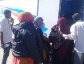 """صور.. محافظة الأقصر توفر """"أتوبيس رحلات"""" للأشقاء السودانيين بعد حادث صباح اليوم"""