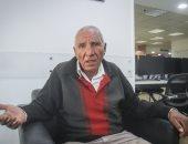 عم صلاح فقد عينه بسبب عمله ويناشد أهل الخير مساعدته فى إجراء العملية