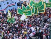 صور.. توافد المئات على مسجد الجعفرى لانطلاق موكب الصوفية احتفالا بالمولد النبوى
