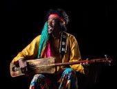المغربى مهدى قموم يتغنى بالجناوة فى مهرجان فيزا فور ميوزيك