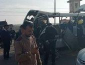 """صور.. إصابة 17 عاملا فى حادث تصادم على طريق """"بورسعيد - الإسماعيلية"""""""