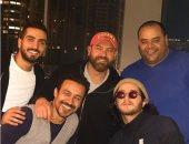 عمرو يوسف يشوق جمهوره لفيلمه الجديد