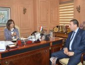 وزيرة الهجرة تلتقى نقيب الصيادلة لمتابعة إجراءات عودة جثمان الصيدلى إلى مصر غدا