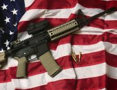 """رعب السلاح يسيطر على الأمريكان وملف قوانين الحيازة يعود للصدارة.. مقتل وإصابة 6 فى إطلاق نار بواشنطن ومطالب بقيود تشريعية.. اتهامات لـ""""ترامب"""" بالتهاون مع المصنعين.. ونيوزويك: عنف الأسلحة يكلفنا 229 مليارا سنويا"""
