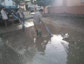 صور.. سيارات لشفط مياه الأمطار من شوارع مدينة بنى سويف