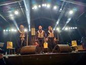 سيركان أويار يخطف جمهور فيزا فور ميوزيك بتوليفة ساز تركية فى المغرب