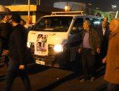وصول جثمان الصيدلى أحمد طه إلى مقابر العائلة بترب الغفير