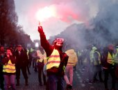 """احتجاجات """"السترات الصفراء"""" فى فرنسا.. 20 مصابًا و122 معتقلا"""