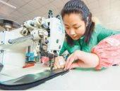 """الصين ترفع شعار """"النساء أولا"""".. خطة طموحة لتمكين المرأة فى المجتمع.. ارتفاع العاملات بالوظائف الحكومية لـ43%.. تراجع معدلات الفقر بين السيدات لـ30 مليون بدلا من 140 مليون.. وزيادة ملحوظة فى التعليم فوق الجامعى"""