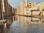 مدينة الشيخ زايد فى الدقهلية تغرق فى مياه الأمطار لعدم رفع كفاءة بلاعات الصرف