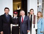 الملكة رانيا تهنئ ابنتها سلمى بمناسبة تخرجها من الأكاديمية العسكرية.. صور