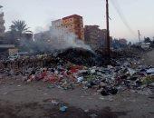 قارئ يشكو تراكم القمامة بمدخل قرية كفر الحصر بالزقازيق