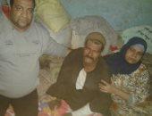 صور.. عامل بسوهاج مصاب بمرض نادر: لا أملك ثمن العلاج وتراكمت على الديون