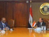 وزير التجارة يبحث الترتيبات النهائية لتنظيم المعرض الإفريقى الأول للتجارة البينية