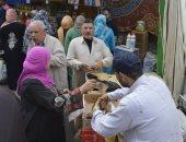 قافلة سلع غذائية بقرية بأسعار مخفضة بكفر الشيخ