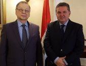 وزير قطاع الأعمال العام يبحث مع السفير الروسي بالقاهرة تعزيز التعاون المشترك
