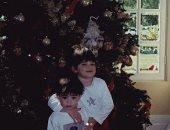 """كيلي جينر تستعيد ذكريات """"الكريسماس"""" بصور الطفولة مع شقيقتها كيندال"""