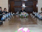 وزير التنمية المحلية يناقش تنفيذ مشروعات الصرف الصحى بالمشاركة المجتمعية