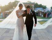 تعرف على مصمم فستان زفاف بريانكا شوبرا.. وكم ساعة احتاج لتنفيذه