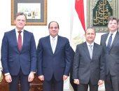 """السيسي يؤكد انفتاح مصر للتعاون مع """"مرسيدس بنز"""" فى تصنيع سيارات كهربائية"""