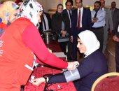وزيرة الصحة تجرى المسح ضمن «مبادرة 100 مليون صحة»