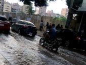 صور.. الأمطار تغرق شوارع الشرقية وتعطل الحركة المرورية