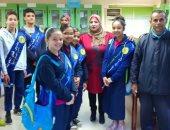 """صور ..""""التموين"""" تستقبل طلاب المدارس لتوعيتهم بالكشف عن السلع المغشوشة"""