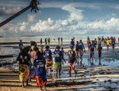 عشرات المهاجرين يعودون لبلادهم بعد أن علقوا ثلاثة أسابيع قبالة سواحل تونس