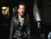 """إياد نصار يكشف للإعلامية شيرين حمدى تفاصيل جديدة لفيلمه """"رأس السنة"""""""