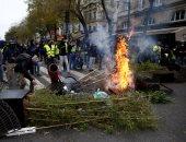 """نيويورك تايمز: فيس بوك حشد """"السترات الصفراء"""" وسكب البنزين على حريق فرنسا"""