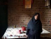 فيديو وصور.. الحاجة سميحة مهددة بالحبس بسبب 10 آلاف جنيه جهزت بها ابنتها