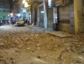 صور.. انهيار بلكونة عقار بالجمرك غرب الإسكندرية