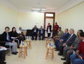 محافظ قنا وممثل هيئة التعاون الدولى اليابانية يتفقدان المدرسة المصرية اليابانية