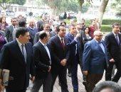 صور.. وزير التعليم العالى يصل طب عين شمس لافتتاح وحدات جديدة بمستشفى الدمرداش