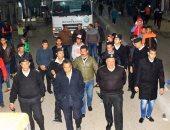 صور...مدير امن الإسماعيلية يقود حملة ليلية لإزالة الإشغالات