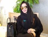 بتحضر مفاجأة لجمهورها.. لطيفة بالحجاب والجلباب خلال زيارتها للسعودية.. صور