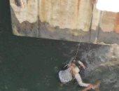 """""""صورة سيلفى"""" تلقى بفتاة فى مياه البحر بالإسكندرية"""