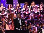 صور.. أوبرا الإسكندرية تحتفل بأعياد الكريسماس والعام الجديد