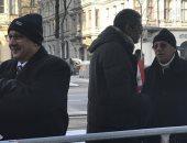الجالية المصرية تنتظر السيسى لتوديعه قبل مغادرة النمسا (فيديو)