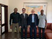 سفارة مصر فى أنجولا تمنح جيرالدو لاعب الأهلى الجديد تأشيرة دخول البلاد
