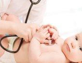 اعراض فيروس بى عند الاطفال من بينها لون البول