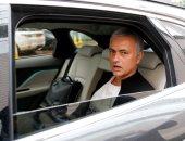 مورينيو يغادر فندق الإقامة ويدفع 500 ألف إسترلينى فاتورة جناحه.. صور