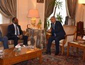 أبو الغيط يناقش مع وزير مالية الصومال سبل تعزيز الدعم العربى لخطط تنمية مقديشو