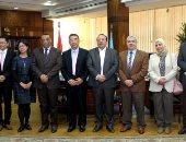 رئيس جامعة طنطا يبحث سبل التعاون مع جامعة جيتشى الصينية