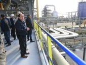 الرئيس السيسي يتفقد المشروعات التنموية  بجبل الجلالة ويشيد بمعدلات الإنجاز