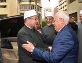 محافظ بورسعيد: رأيت الدعاة يتواصلون بالنوادى ومراكز الشباب والمدارس بتفاني