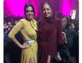 """""""نفس الفستان"""".. شاهد رانيا يوسف وداليا البحيرى بالهوت شورت بإحدى الحفلات الفنية"""