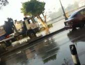 الدفع بسيارات مياه شرب بمحيط انقطاعها بالزمالك والتحرير بسبب كسر ماسورة