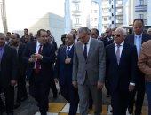 وزير التنمية المحلية يعلن بورسعيد أول محافظة خالية من العشوائيات تماما